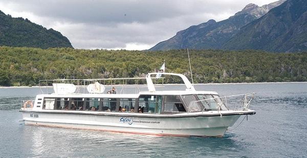 Excursión lacustre desde Puerto Limonao